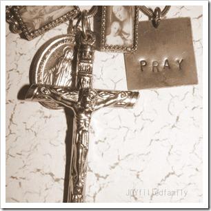 pray - crucifix
