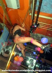 Sra Quente no pole dance
