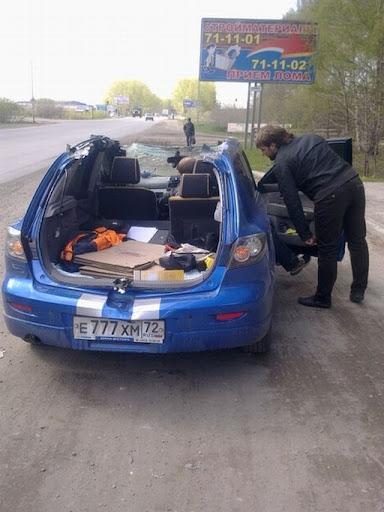 Mazda-3-bez-krishi-02.jpg