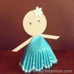 paper cupcake liner doll  04