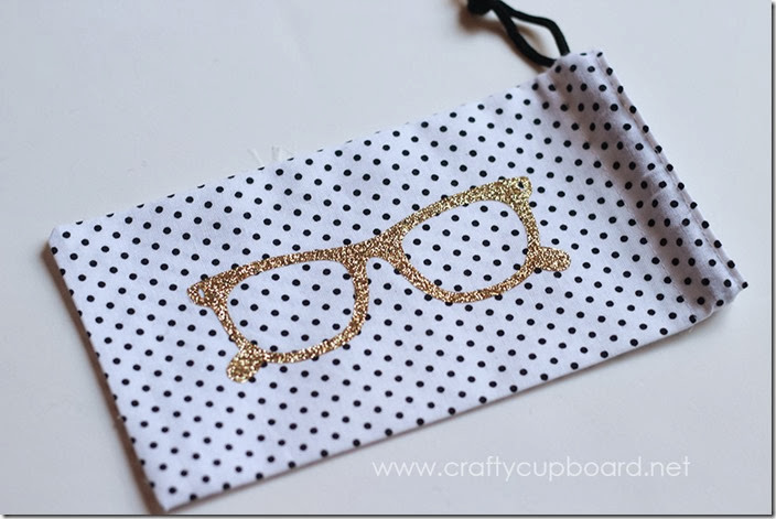 Glasses Pouch with Cricut Glitter Iron-On