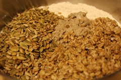 rye-sourdough-pumpkin-sunflower-seeds007