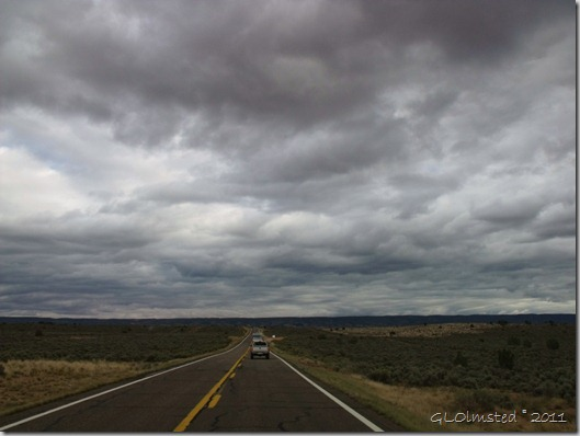 01 Thick cloud cover over Kaibab Plateau SR89A S AZ (1024x768)