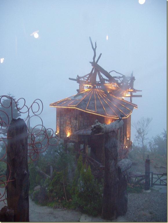 點燈的樹屋