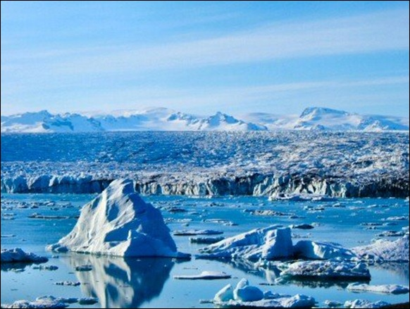 Vatnajokull_Glacier_01