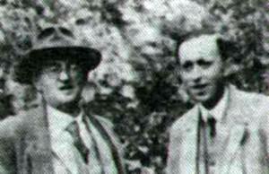 Junto a su hermano Josef