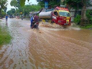 Jalur Provinsi Di Trenggalek Langganan Banjir