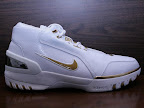 usabasketball lebron1 goldmedal 03 USA Basketball