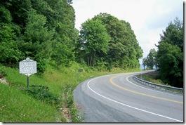 Gen. Robert E. Lee marker along Route 60 looking east