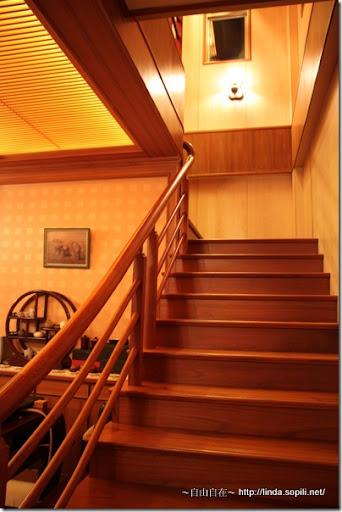 宜蘭三星樂狗堡-樓梯