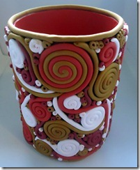 side view red gold white pencil cup