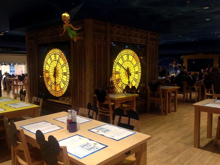 disney cafe 3