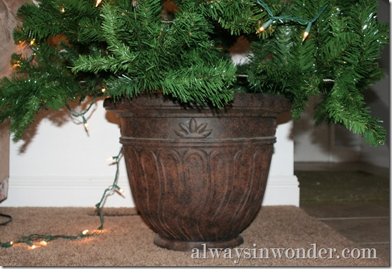 Decorative_Christmas_tree_stand (15)
