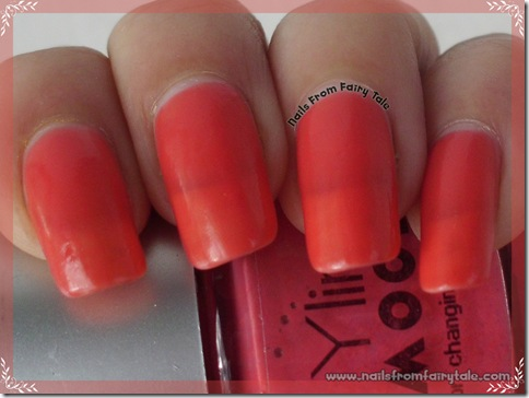 ylin mood nail polish - pink red