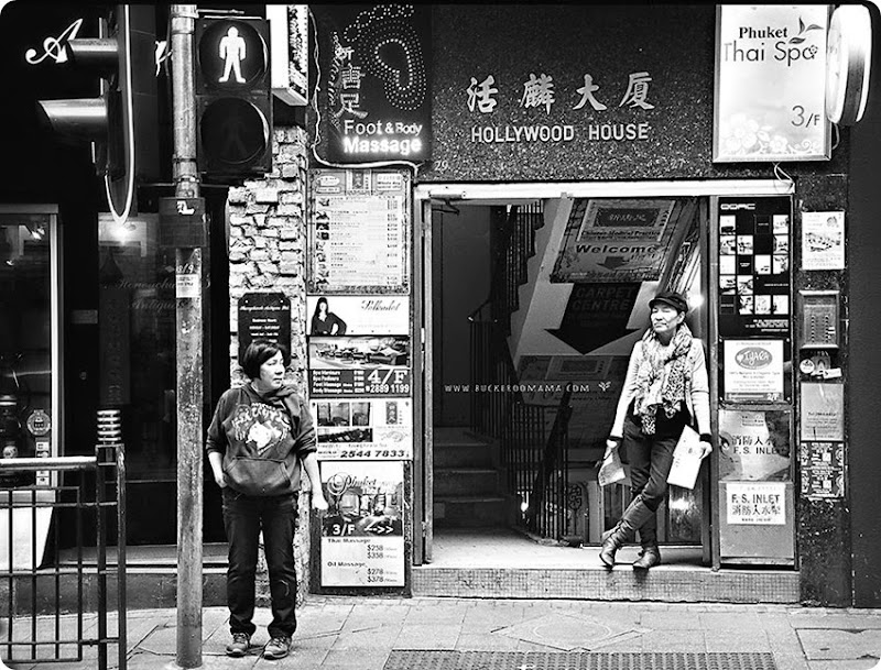 Hollywood-Road-(1bw)