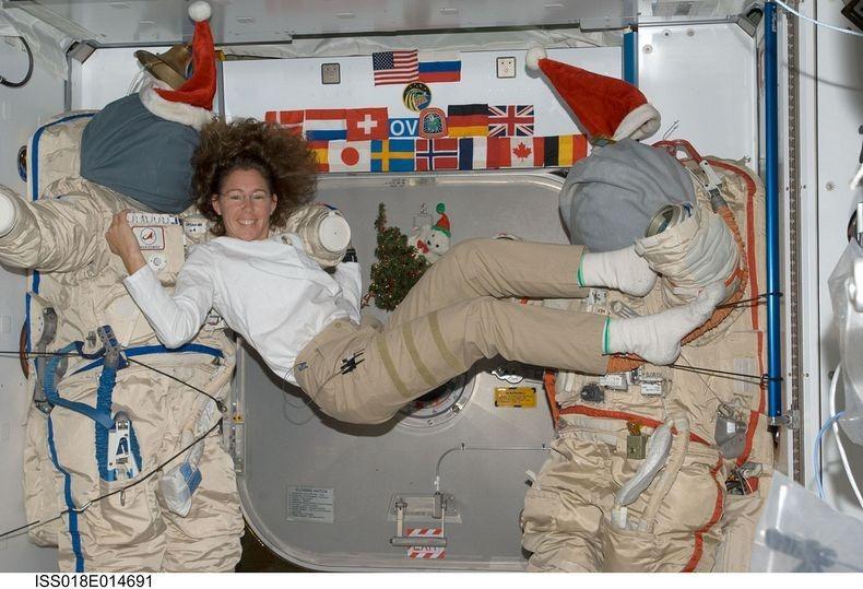 Sandra-Magnus-ISS-6