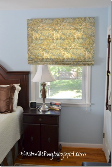 Make a no sew fabric Roman shade by using vinyl mini blinds and fabric