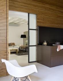 revestimiento-cocina-paneles-madera