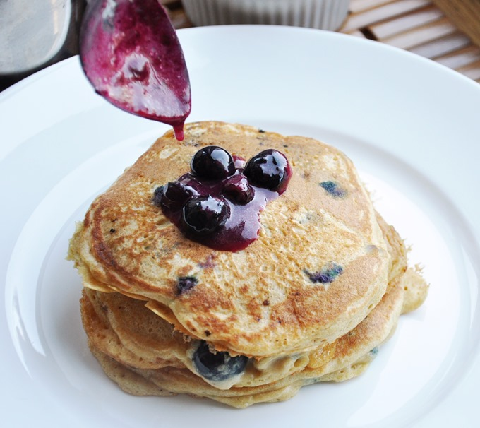blueberry pancakes 074