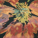 Tkanina meblowa w kolorowe kwiaty. Czarna. 501