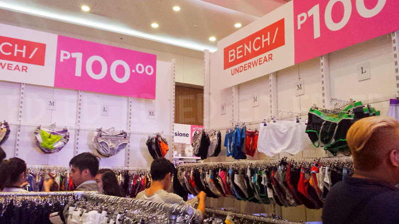 Bench Pink Ribbon Sale 07