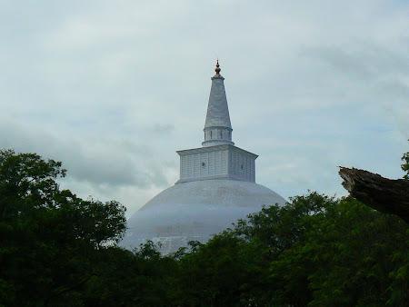 Obiective turistice Sri Lanka: Anuradhapura, marea stupa