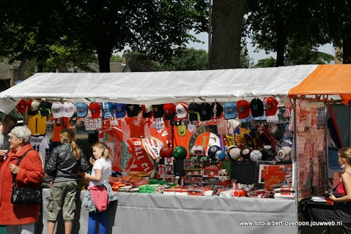 zomermarkt-joekskapellenfestival overloon 29-05-2011 (8).JPG