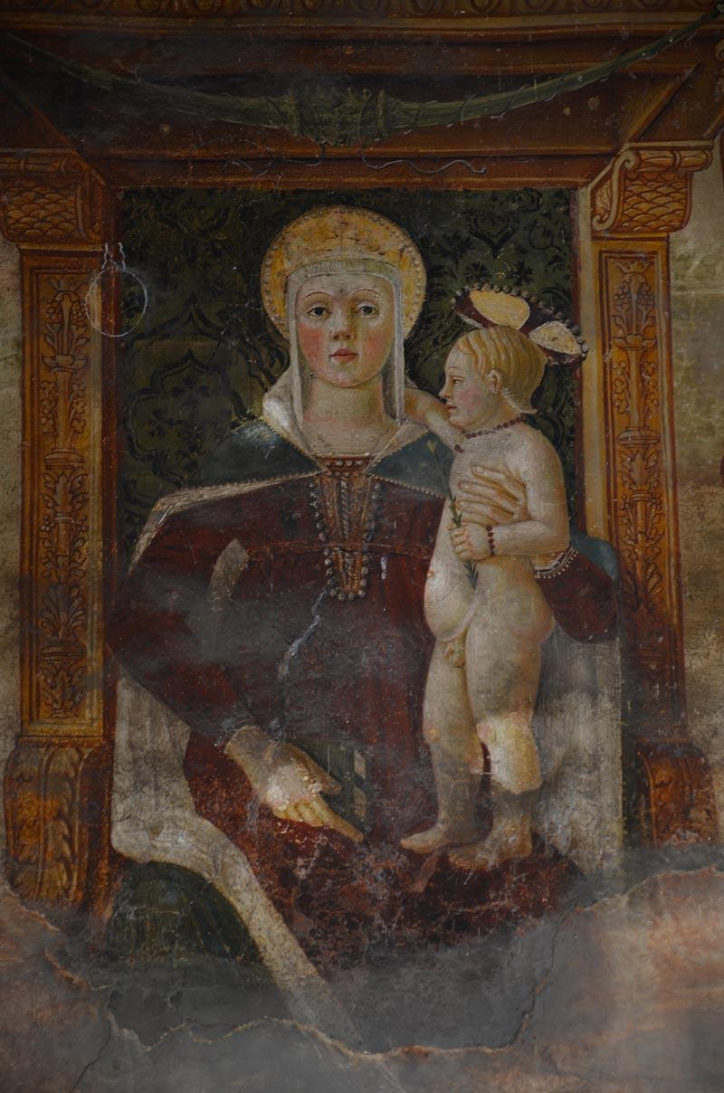 Madonna col Bambino 01 1