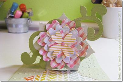 10-flowers-inside