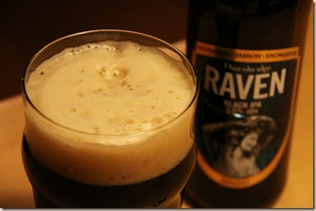 Thornbridge-Raven-foamyglass