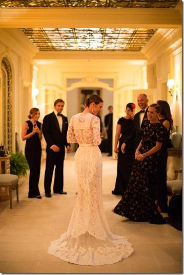 vanessa-traina-wedding-09_124207378623