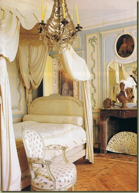 world-of-interiors-april-94-trouvais-4