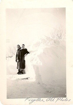 Women in snow