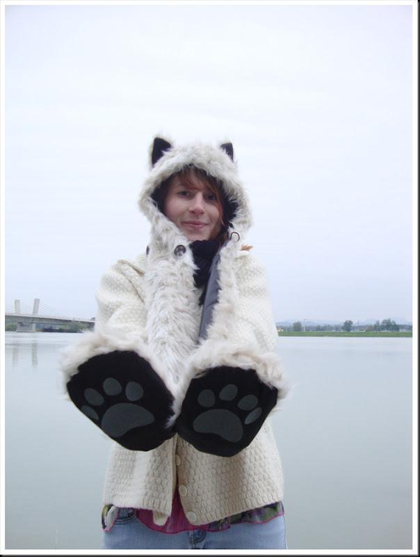 originalhoods snow leopard