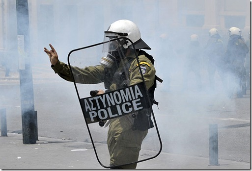 A-policeman-makes-a-tradi-024