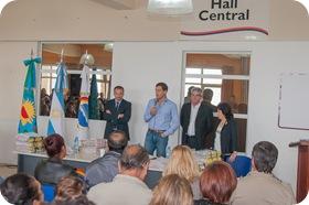 Otras 147 familias firmaron las escrituras de sus terrenos en La Costa