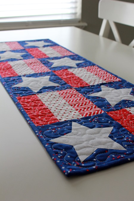 stars and stripes table runner 8