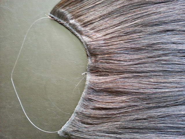 Back lace diy halo flip in hair extensions fit the halo to your head holding the drawstrings in one hand make sure the extensions fit tight and comfortably on your head when youre happy with the solutioingenieria Images