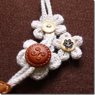 collana lana e feltro 1-2