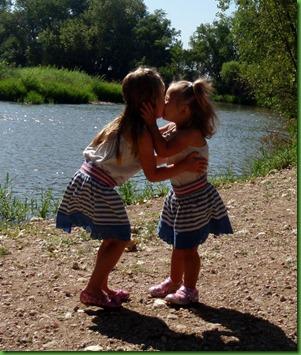 09-03-2011 1015 kissing