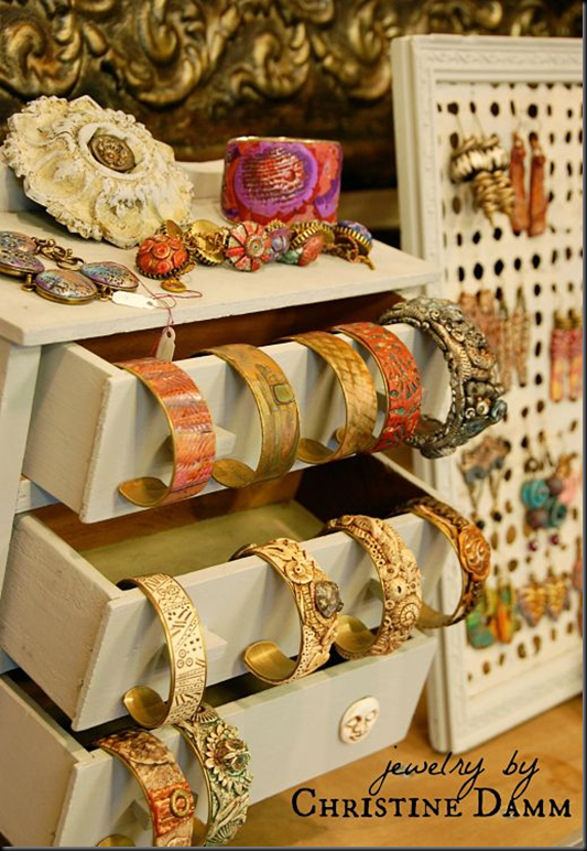 Jewelry display - Cindy photo