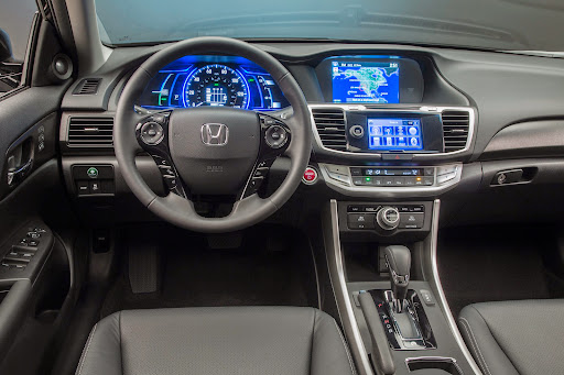 2014-Honda-Accord-Hybrid-04.jpg