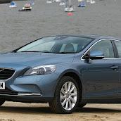 2013-Volvo-V40-New-2.jpg