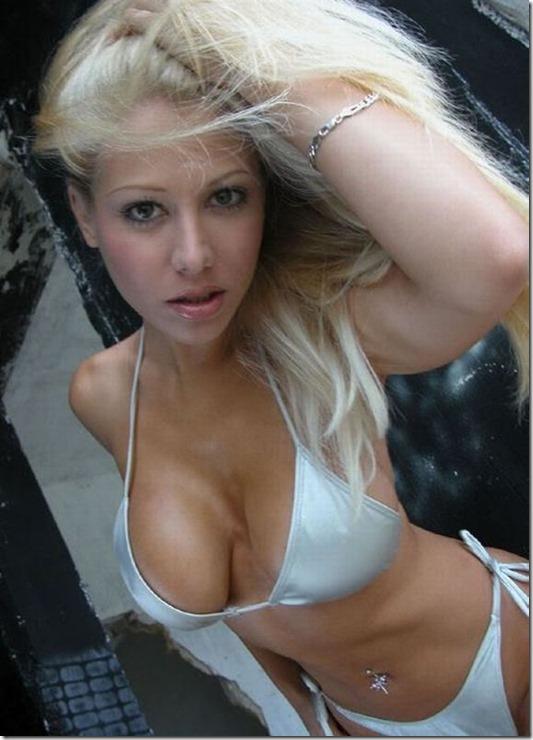 caught-staring-hot-26