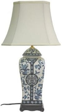 blue and white tall Chinese spice jar table lamp