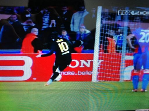 Viktoria 0-4 FC Barcelona, Hat Trick y record de Messi