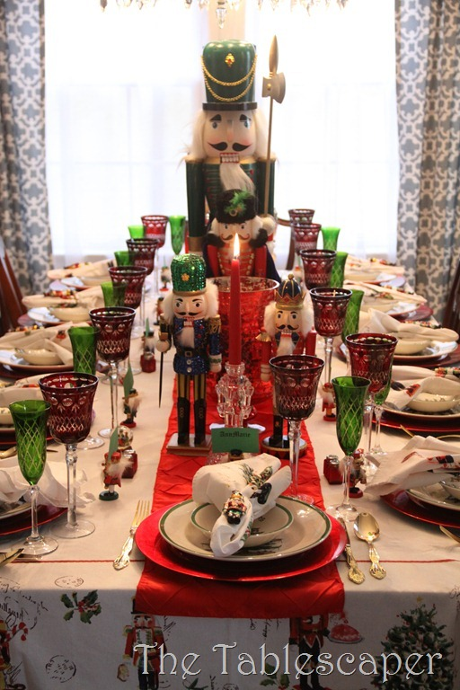 Nutcracker Table 040
