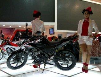 Honda-CBR150R-Street-fire
