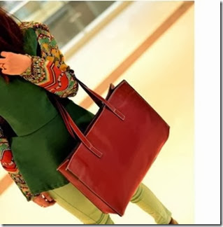 u0855 Red (170.000) - PU Leather, 43 x 34 x 11