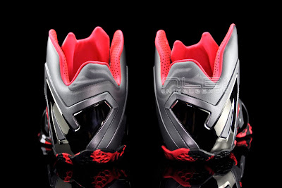 lebron11 elite team collection 12 web black The Showcase: Nike LeBron XI Elite Team Collection